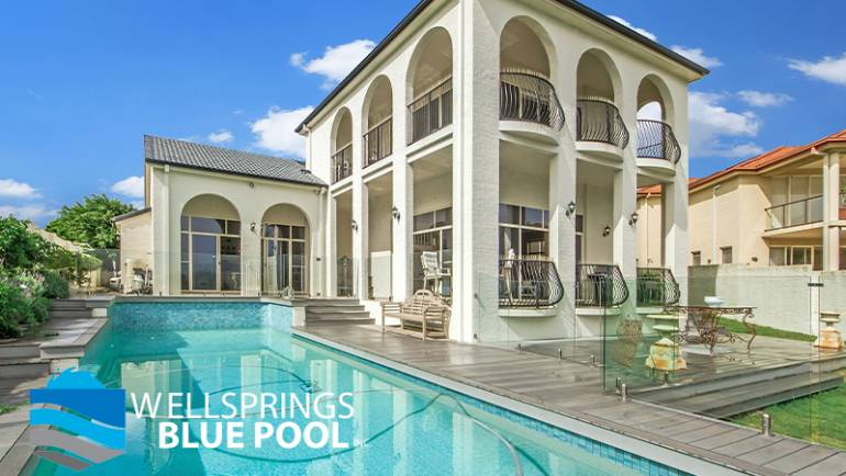 West Palm Beach Pool Cleaners